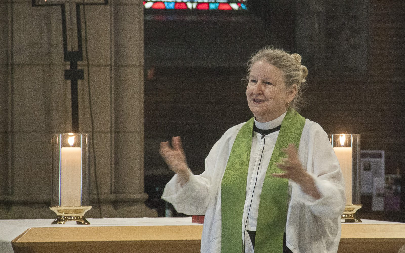 The Rev. Sarah Shofstall preaching